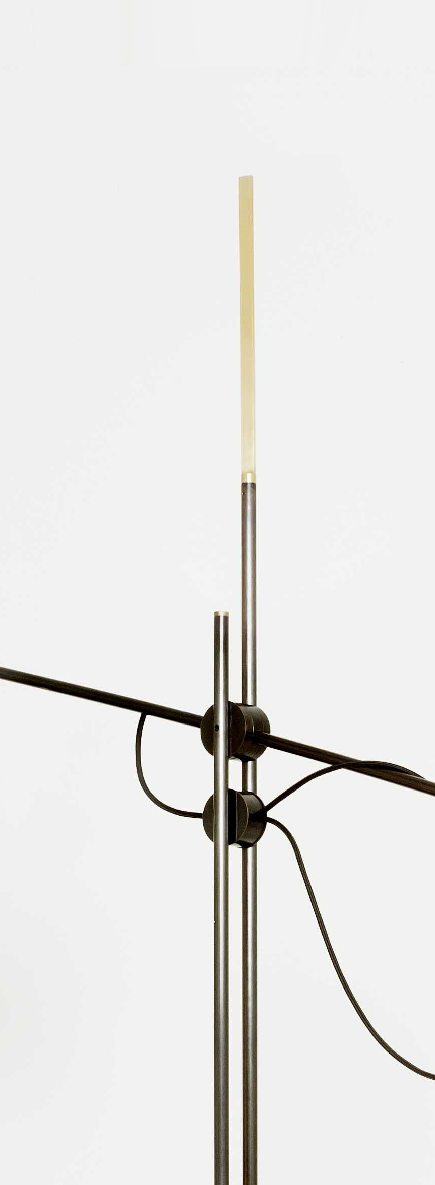 SB 26 Accoceberry Cecere Moon Lamp XL - Detail 4